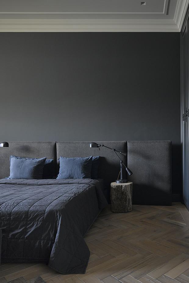 чорна спальня