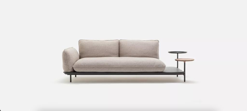как выбрать диван, бежевый диван, диван со встроенным столиком
