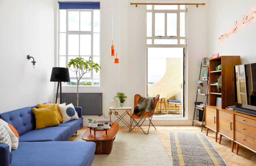 інтер'єр маленької вітальні, ремонт гостьової кімнати, як вибрати диван